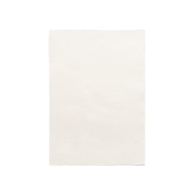 Papel Natura blanco 21,5x30,5 cms.